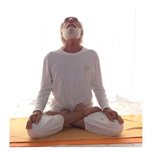 Posizione yoga grīvā saṃcalana