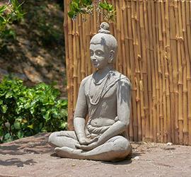 Statuetta di yogi in meditazione