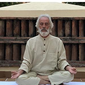 Posizione yoga svastikasana