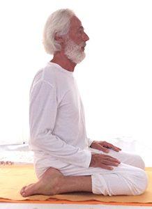 Posizione yoga vajrāsana