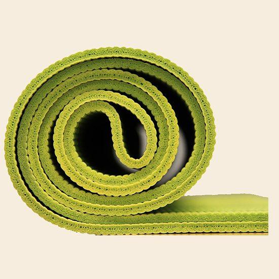 Foto che porta alla pagina pratica yoga base